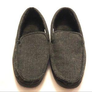 Memory foam herringbone slippers size 9/10